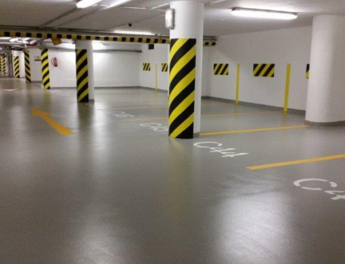 Innbydende parkeringshus i Praha