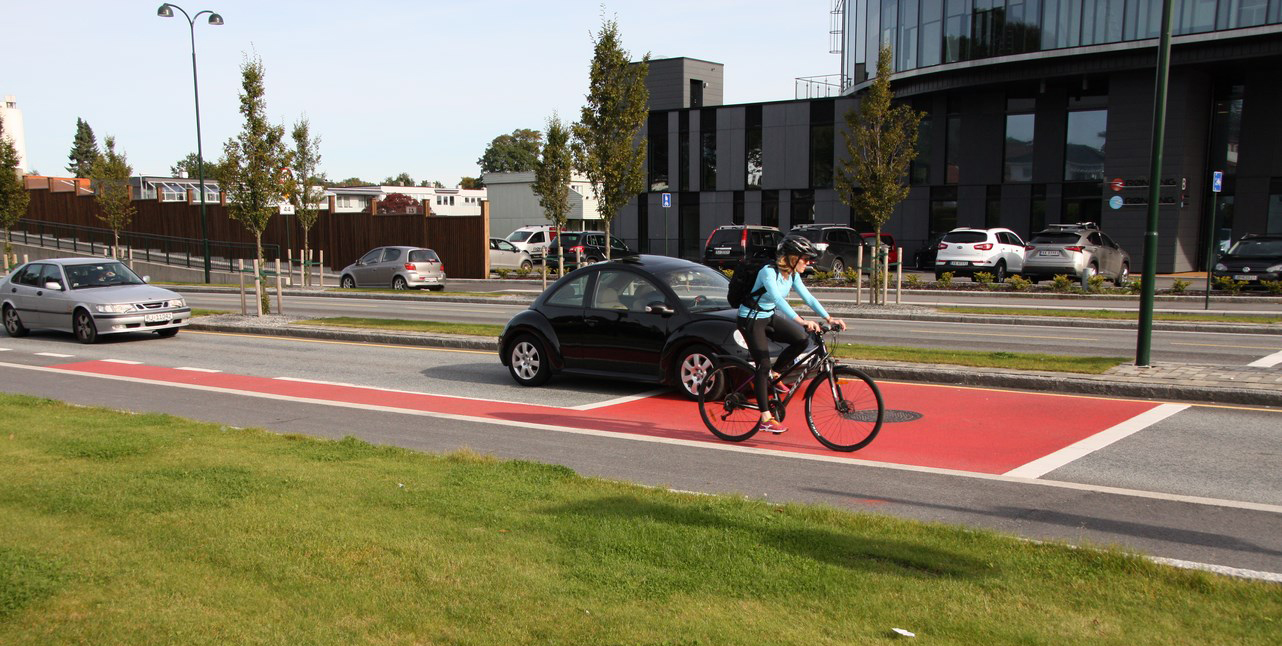 Hesselberg Bygg sykkelveier som kan fargesettes etter ønske og behov.